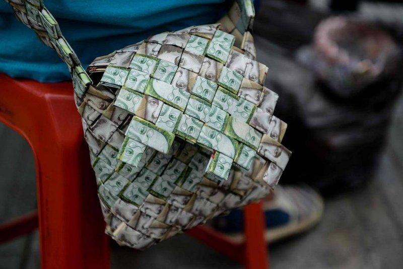сумка из денег