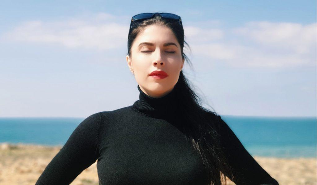 Елена Лещева